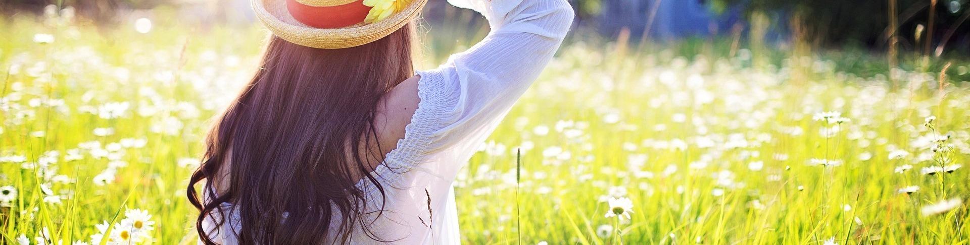 5+1 helyzet, amikor nyáron is hasznos a harisnya — Gabriella